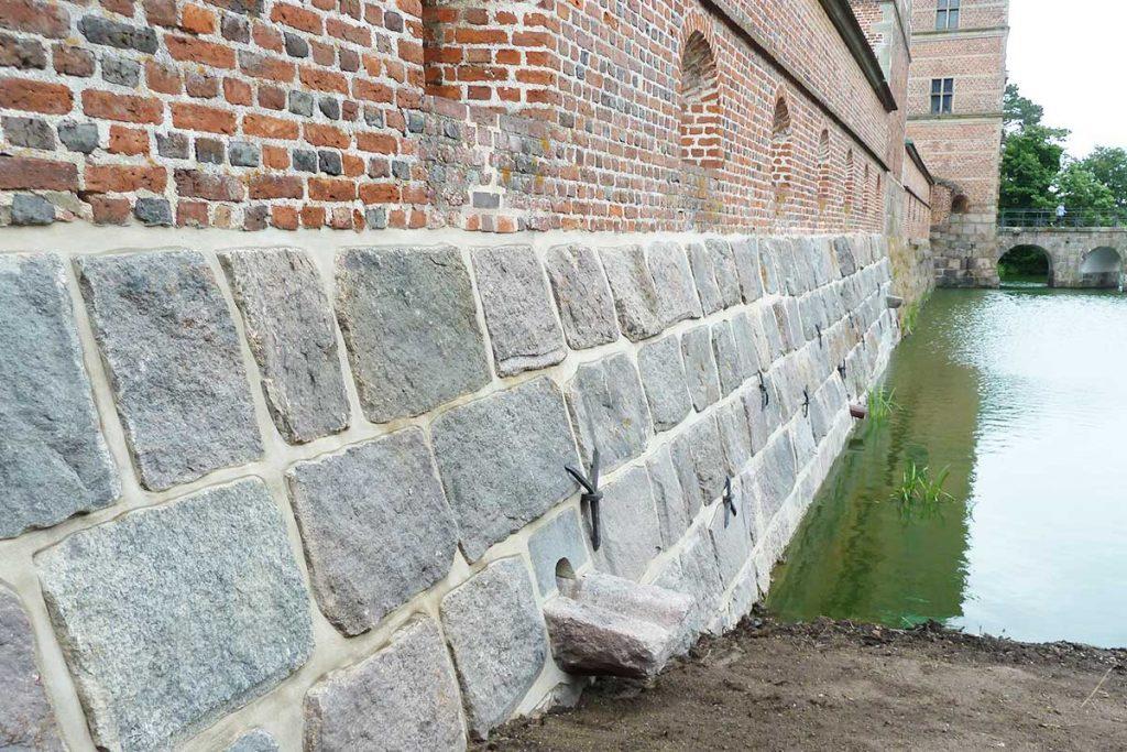 Frederiksborgslots murværk, efter